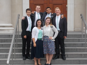 my distrikt in front of the temple :D love them all!  L-R Elder Wawro - met him for the first time in the brick oven right before the MTC Elder Merril - Served with him in Odense, he went home today Elder Crank - he goes home next week, and he's an indian Elder Mogensen - He goes home in a really long time. Also served with him in Odense. He's from Bornholm